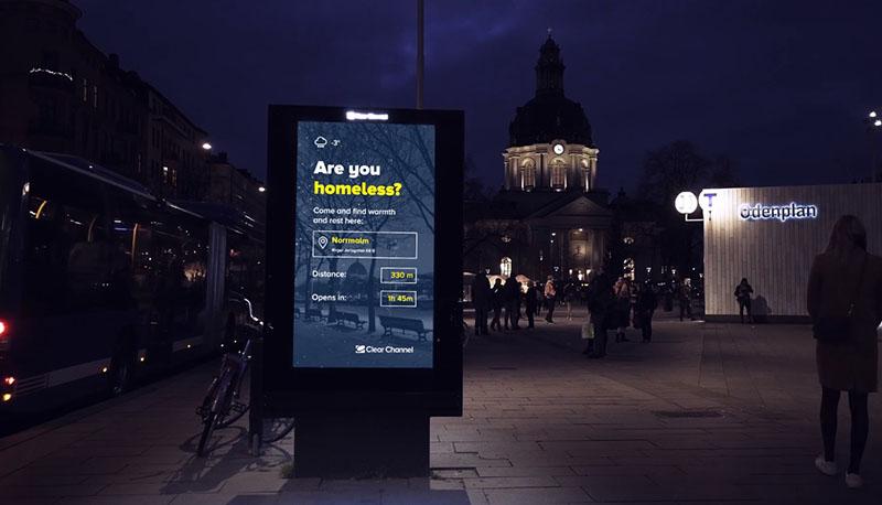 Köztéri reklám digitális display