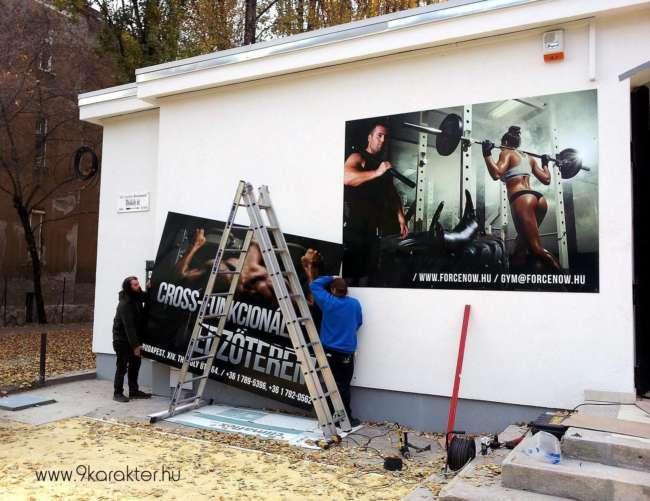 9karakter reklámtábla edzőterem